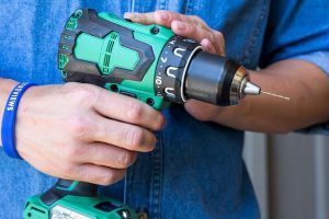 Who Makes Cordless Drill Drivers